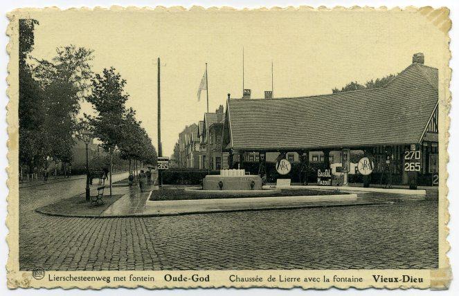 ''Lierschesteenweg met fontein'' - Postkaart ''Albert'' Uitg. L.Naders, Oude-God - (sd).jpg